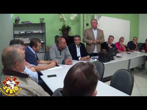 Prefeito Ayres Scorsatto explica sobre a situação de Juquitiba para o Secretário-Chefe da Casa Civil. Samuel Moreira
