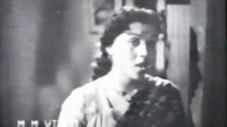 Ghadi ghadi dil bhar aaye - Bare Bhaiyya - YouTube