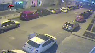 Putignano: tentano il furto di una Fiat 500