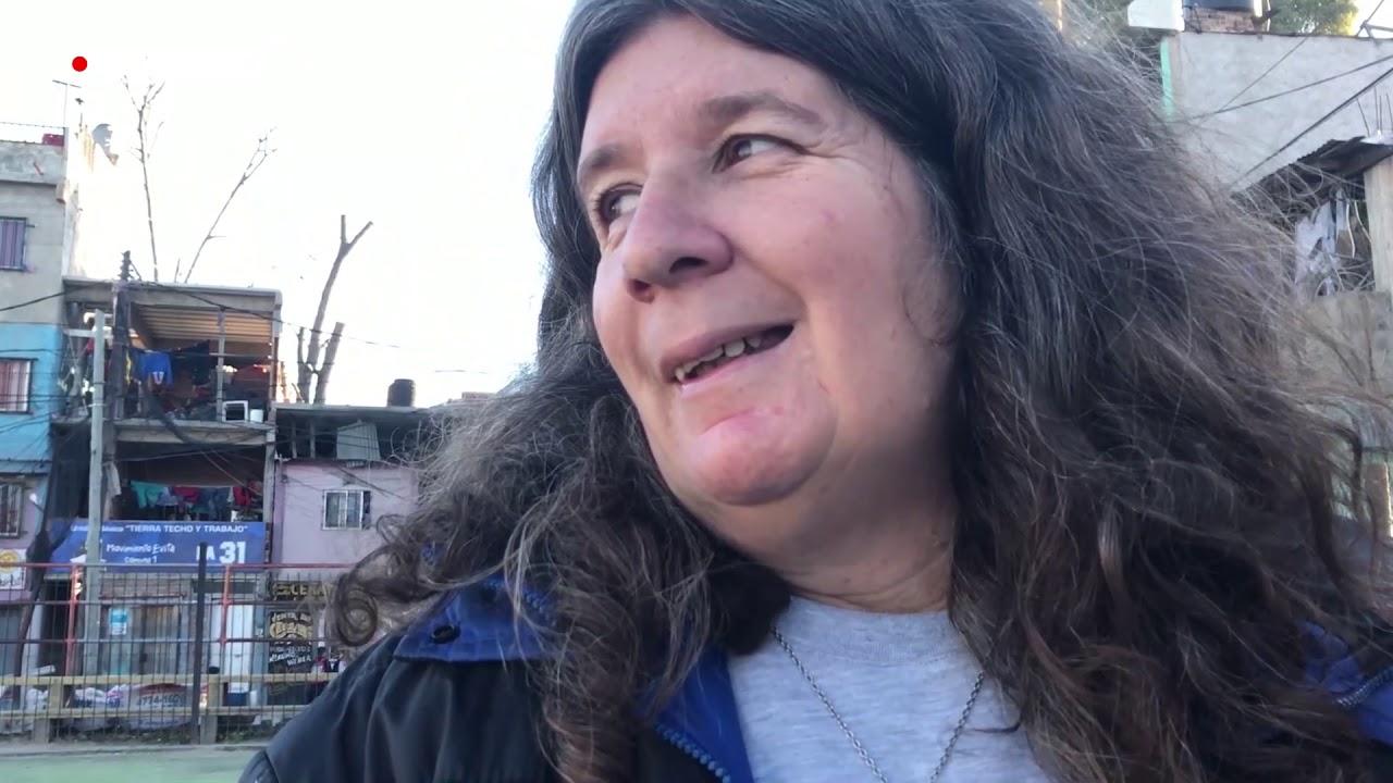 Mujeres desmitifican la práctica del fútbol en barriada argentina