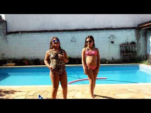 fazendo o desafio da piscina junto com minha amiga ft . jennifer