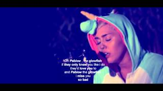 Miley Cyrus - Pablow (Lyrics)