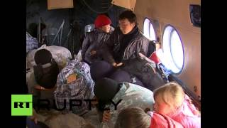 Ненецких детей на вертолетах перевозят из тундры в школы к 1 сентября