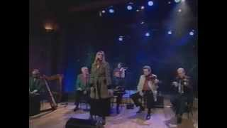 The Chieftains & Marianne Faithfull - O' Love Is Teasin' [May 1995]