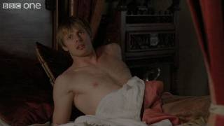 Extrait VO - Merlin wakes Arthur