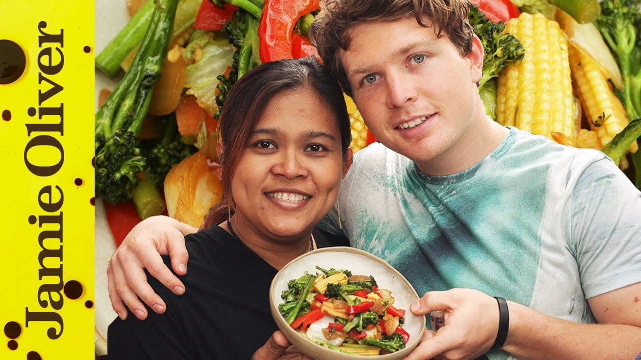 Poo cooks Vegetable Stir Fry with Tim Shieff