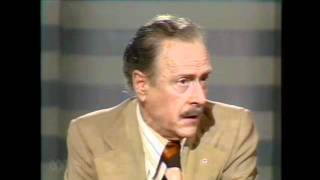 Marshall Mcluhan Full lecture: The medium is the message - 1977 part 1 v 3