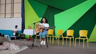 Aluna de Vitória da Conquista compõe música para o projeto Eco Teens