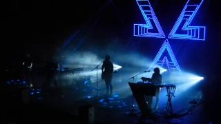 CHVRCHES - You Caught The Light - Berlin Columbiahalle - 25.03.2014