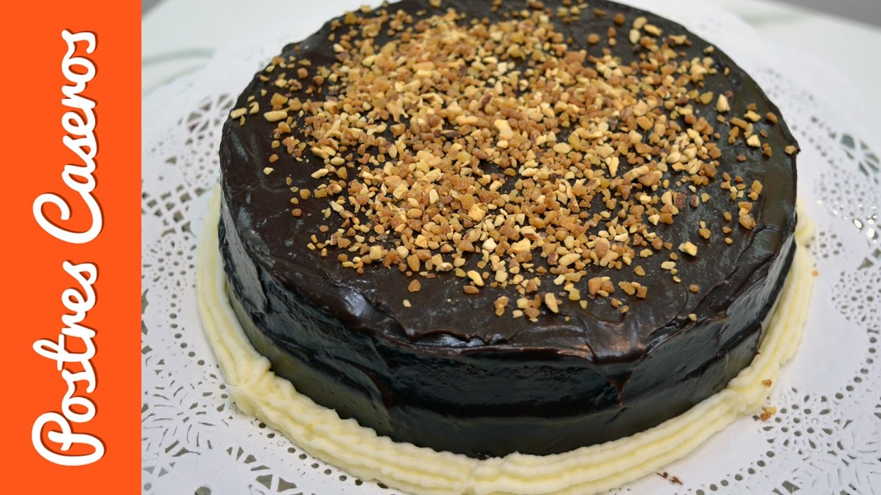 Tarta de chocolate con mermelada de fresa | Javier Romero