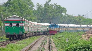 Broad Gauge Vs. Meter Gauge Train Clashing || Ekota Express Vs. Egarosindhur Provati Express Train