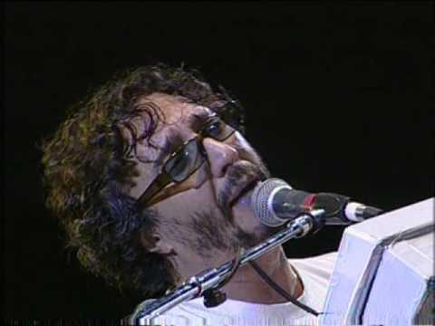 Fito Páez video Salir al sol - San Pedro Rock II / Argentina 2004