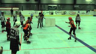 preview picture of video 'Elm City Derby Damez @ Upper Valley Vixens 9/7 Period 1'