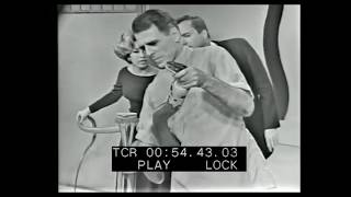 Very rare footage of Bill Haast with shocking cobra bite!