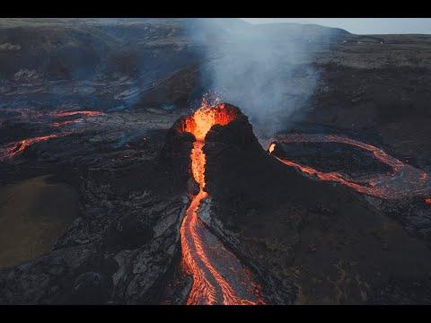 Φοβερά πλάνα από drone του ηφαιστείου Fagradalsfjall της Ισλανδίας