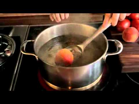 How To Quickly Peel Peaches And Tomatoes