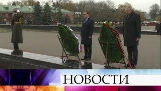 Д.Медведев со своим белорусским коллегой С.Румасом обсуждает взаимовыгодное сотрудничество.