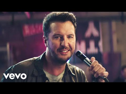 Luke Bryan Performing New Song Knockin Boots