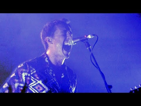 Miles Kane - Cold Light Of The Day [NEW SONG - live at The Sugarmill, Stoke-on-Trent - 24-05-2018]