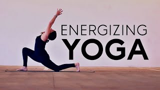 20 Minute Hatha (Energizing Yoga) | Fightmaster Yoga Videos