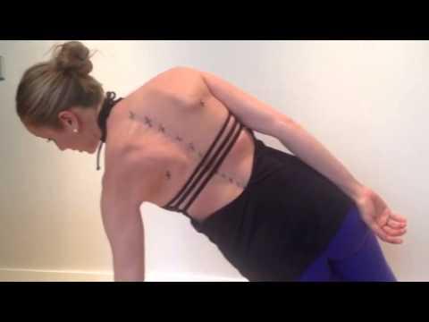 Esercizi a curvatura di spina dorsale video
