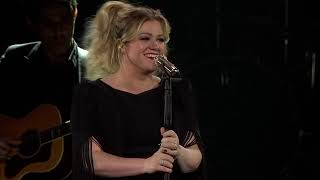 Kelly Clarkson - A Minute + a Glass of Wine (Live in St. Paul, MN)