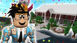building the bloxburg CITY HALL INTO A SCHOOL... detention for everyone