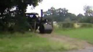 preview picture of video 'exhibits leaving weeting steam rally 2008 part 2'