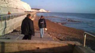 preview picture of video 'Rottingdean-Saltdean prom walk'