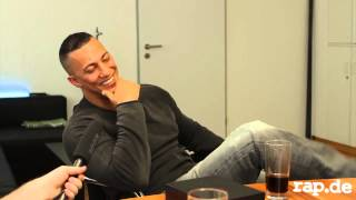 Farid Bang Lachflash bei Rap.de