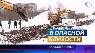 «Новгородский водоканал» провел работы в опасной близости от вала Окольного города
