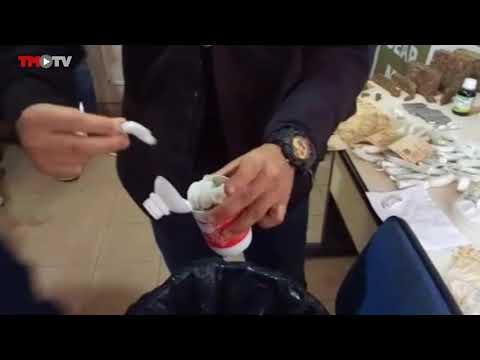 Polícia encontra buchas de maconha em frascos de medicamentos