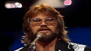 Kenny Rogers & The First Edition – Ruby, dont take your love to town