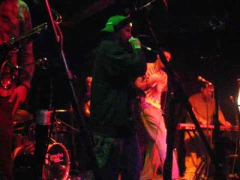 "sandbag as a tribe called quest ""check the rhyme"""