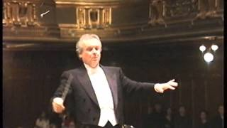 Yuri Simonov conducts Wagner's Meistersinger Ouvertüre