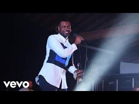 VaShawn Mitchell – God My God (Live)