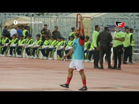 وليد سليمان يحفز جماهير الأهلي على طريقته الخاصة أثناء مباراة الزمالك بكأس السوبر
