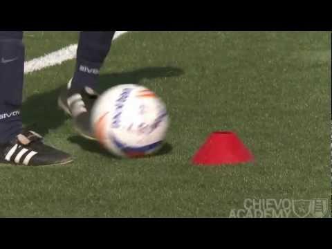 Allenamento di calcio, esempi di esercizi : il dominio del pallone