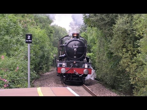 GWR 5043 'Earl of Mount Edgcumbe' with 'Summer at the Palace…