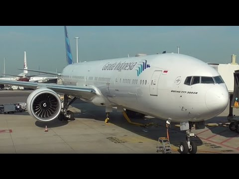 Garuda Indonesia Boeing 777-300 Flight Experience Schiphol Amsterdam - London Gatwick