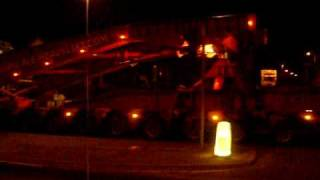 preview picture of video 'ALE Abnormal Load, 400 tonne convoy, Chatham Docks Kent.'