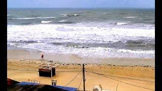 Штормит в Северном Причерноморье На пустынном пляже в Железном порту - грусть и осеннее одиночество