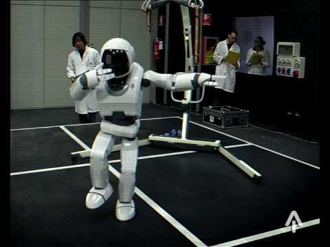 Rivoluzionario! Nasce Bit Beat, il robot umano con un carattere personale che si forma giorno per giorno!