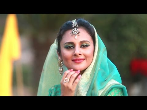 Piya Ke Rang Rang Deeni Odhani