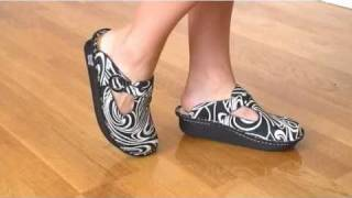 Cute Alegria Classic Clogs Shoes Swirl Suede on feet