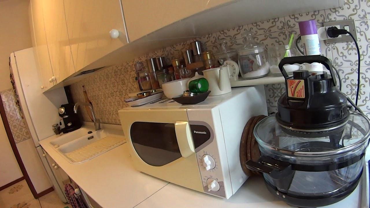 Appartamento 3 Camere Da Letto Milano : Accogliente camera in appartamento con camere da letto a