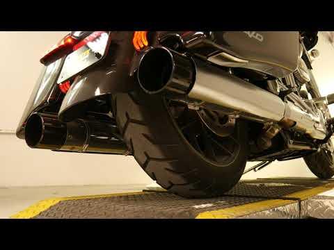 2020 Harley-Davidson CVO™ Street Glide® in Coralville, Iowa - Video 1