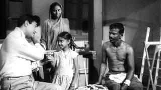 Kal Ki Daulat Aaj Ki - Dev Anand - Asli Naqli - Rafi - Shankar