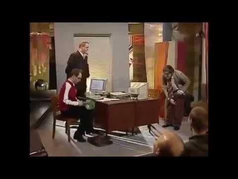 Kabaret Moralnego Niepokoju - W pracy