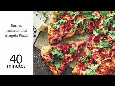 How to Make Delicious Bacon, Tomato, and Arugula Pizza